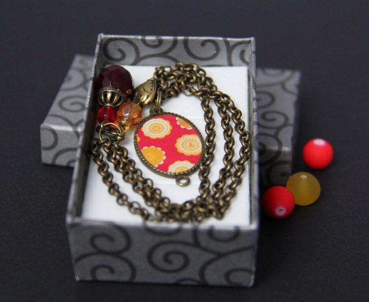 bracelet rouge boite